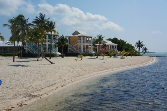 Little Cayman: The beach bungalows