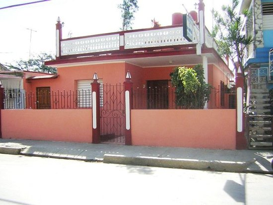 Casa Doctora Mirtha Carballo Gonzales