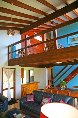 Beachside Prevelly Villas: Double level house
