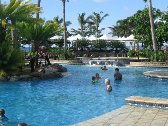 Sofitel Fiji Resort & Spa: pool area