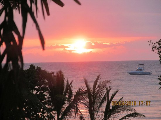 Couples Negril: Sunset