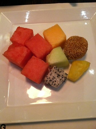 Hotel G Beijing: fruit selection from the buffet