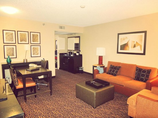 Embassy Suites LAX North: My living room