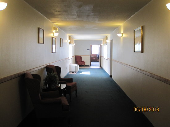 Bay City, MI: Hallway