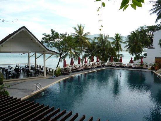 Amari Coral Beach Phuket: Pool area.