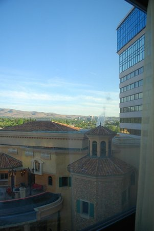 Peppermill Resort Spa Casino : View of downtown.