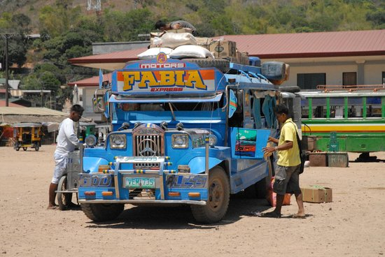 Culion, Filipina: Bus