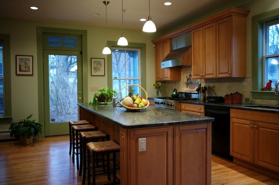 North Adams, MA: Kitchen