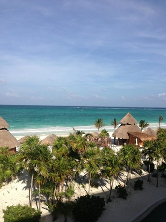 Secrets Maroma Beach Riviera Cancun: View from our Ocean Front balcony