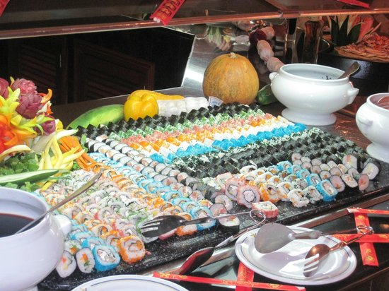 Iberostar Rose Hall Beach Hotel: Sushi table at the Little River dinner buffet.