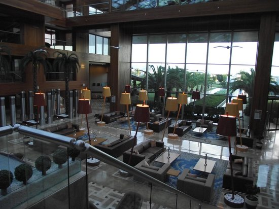 Hilton Dalaman Sarigerme Resort &amp; Spa: foyer area of the Hilton, backing onto the rear exit for the pool areas