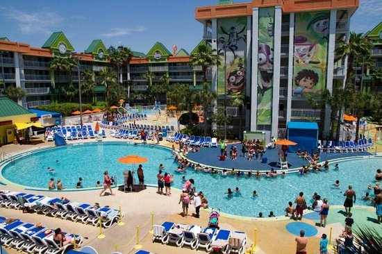 Nickelodeon Suites Resort: main pool