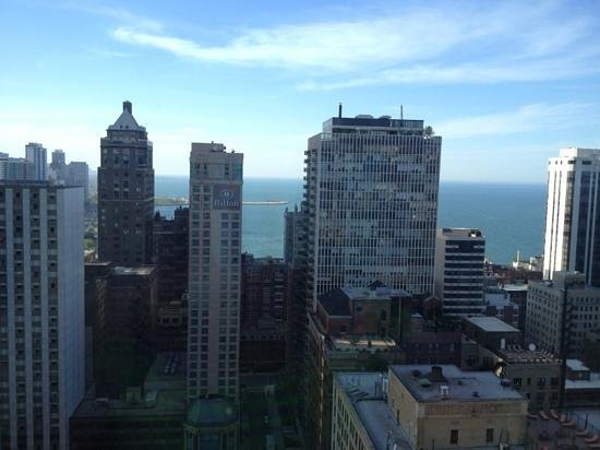 The Ritz-Carlton Chicago (A Four Seasons Hotel) : view from room 