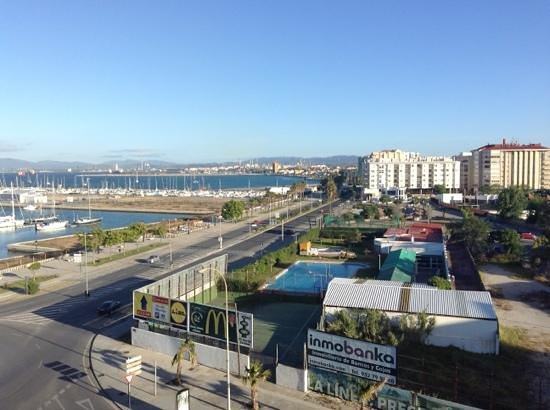 Asur Hotel Campo de Gibraltar: view from room away from gibraltar
