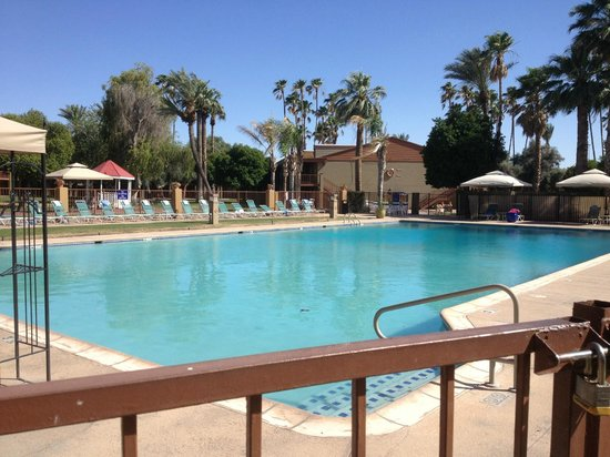 One handicap room picture of hotel tucson city center conference suite resort tucson for 2 bedroom suite hotels in tucson az