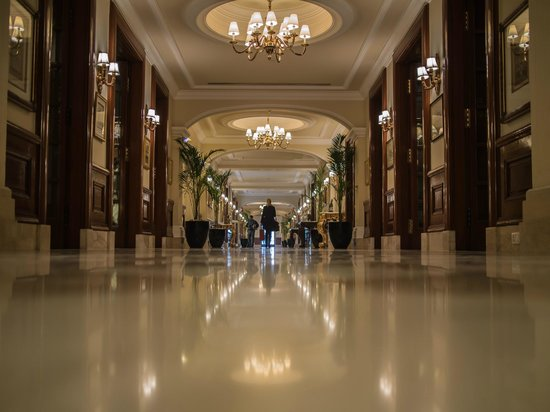 The Imperial: Lobby