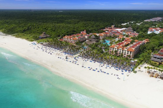 Sandos Riviera Beach Resort &amp; Spa: Aerial view Sandos Playacar Beach Resort &amp; Spa