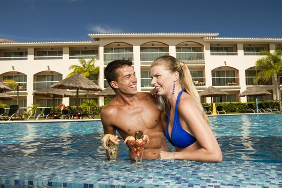 Sandos Riviera Beach Resort &amp; Spa: Pool Select Club Riviera
