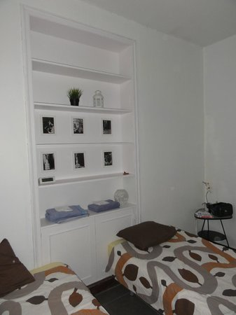 Barbieri International Youth Hostel: Habitacion/room: clean and nice