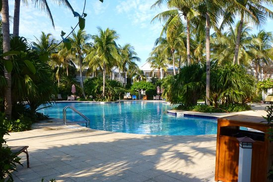 Tranquility Bay Beach House Resort: Relaxing pool