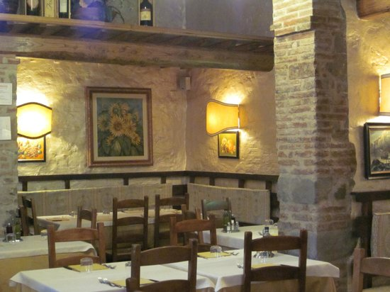 Bucine, Italy: Wonderful decor, surpassed only by the food.