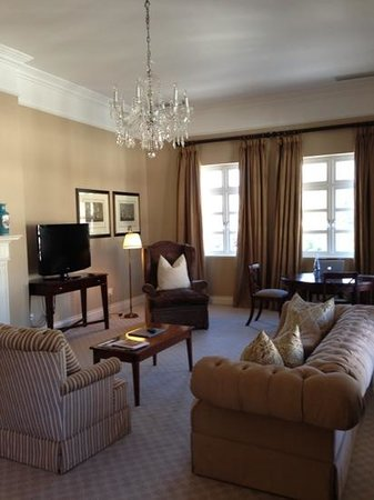 Mount Nelson Hotel by Orient-Express: living room at Lord Nelson Suite