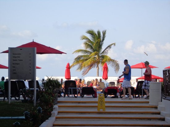Temptation Resort Spa Cancun : Pileta