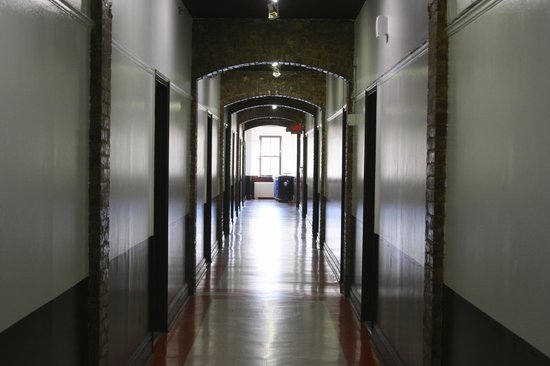 Hostelling International - New York : View of hallway
