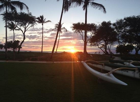The Westin Kaanapali Ocean Resort Villas: sunset from the lanai