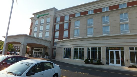 Holiday Inn Hotel & Suites, Williamsburg-Historic Gateway: 515 Bypass Holiday Inn Suites Hotel