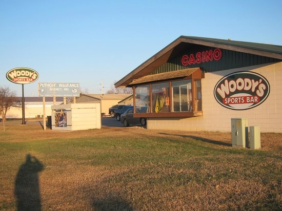 Watertown, Dakota del Sud: Woody's next door