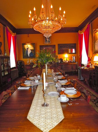 The Reynolds Mansion: Dining Room