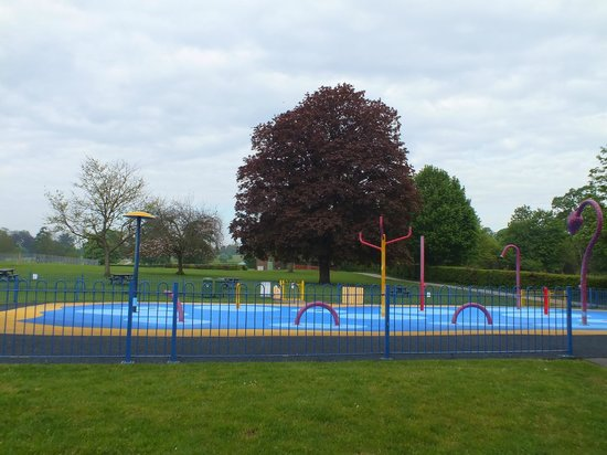 St. Albans, UK : Water park
