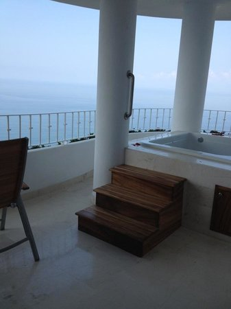 Grand Miramar Club & Spa: Balcony Jacuzzi View