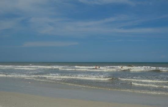 Neptune Beach, FL: mid afternoon