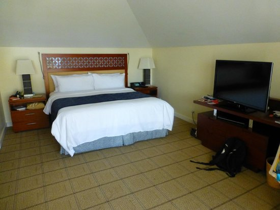 JW Marriott Ihilani Resort and Spa: huge room