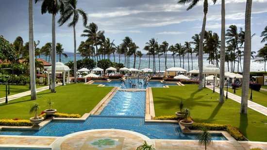 Grand Wailea - A Waldorf Astoria Resort: View from Spa Terrace