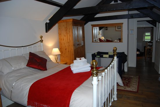 Tavistock, UK: bedroom