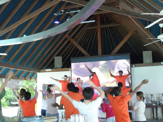Club Med Kani: Dancing at the Main Bar