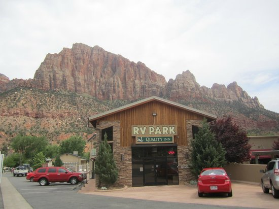 Quality Inn at Zion Park : RVパークがメンイですね