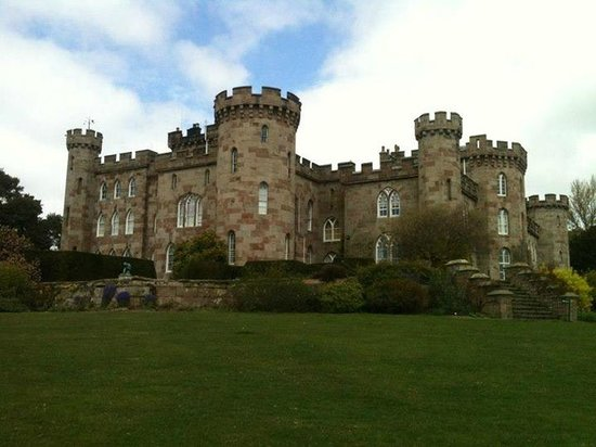 Cheshire, UK: The 'castle' itself!
