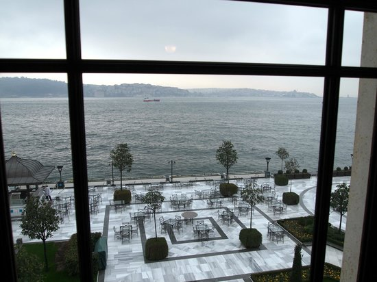 Four Seasons Istanbul at the Bosphorus: Beautiful views from the suites