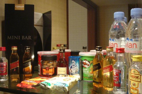 Conrad Hong Kong: Mini Bar