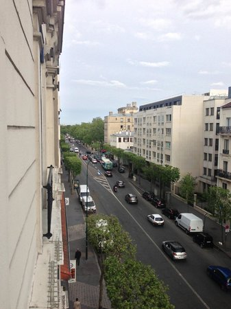 Vincennes, Frankrig: View From Room
