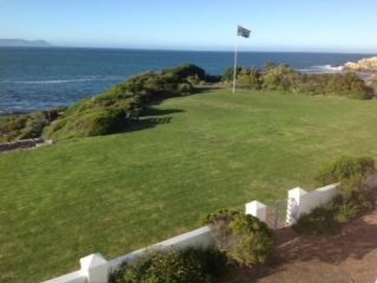 ‪‪The Marine Hermanus‬: View‬