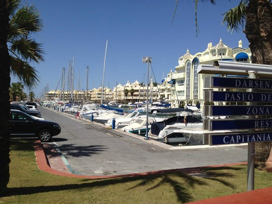 Minerva Jupiter Apartments: Benalmadena harbour