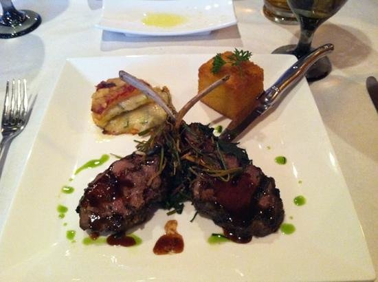 Highland Park, IL: Lamb chops