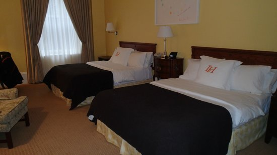 LHotel: 2 Queen beds