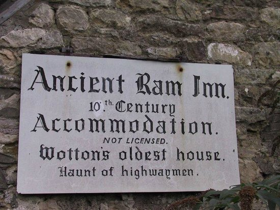 Wotton-under-Edge, UK: Sign on wall of Inn