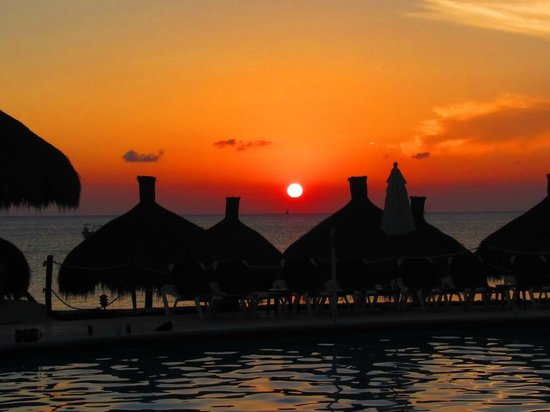 Occidental Grand Cozumel: Sunset